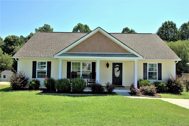 636 Red Hawk Way, Clover, SC 29710 (#3422260) :: Exit Mountain Realty