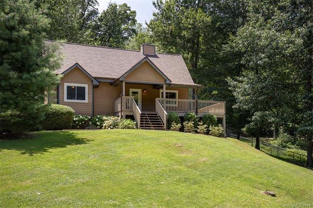 136 Viking Trail, Hendersonville, NC 28739 (#3422467) :: LePage Johnson Realty Group, LLC
