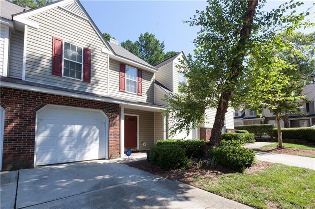 4582 Antelope Lane, Charlotte, NC 28269 (#3422538) :: Rinehart Realty