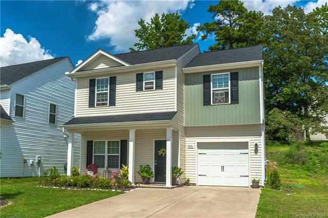 8516 Paw Valley Lane, Charlotte, NC 28214 (#3422556) :: Exit Mountain Realty