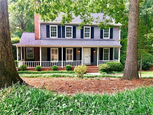 2723 Creekbed Lane, Charlotte, NC 28210 (#3422683) :: Exit Mountain Realty