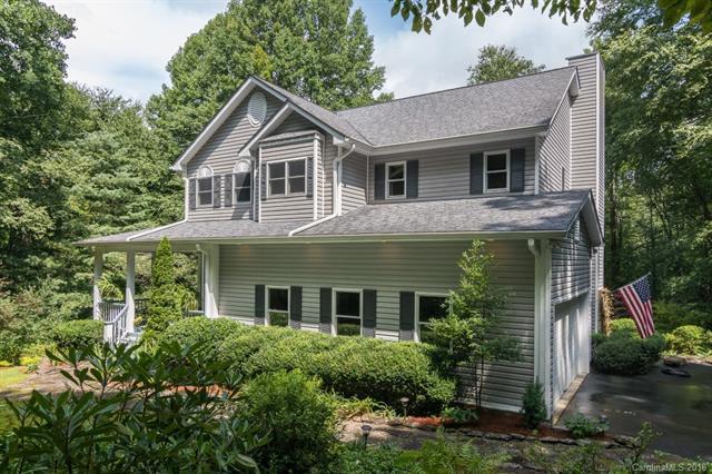 111 W Dogwood Circle, Brevard, NC 28712 (#3422870) :: Rinehart Realty