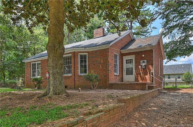 2100 Millerton Avenue, Charlotte, NC 28208 (#3422955) :: Charlotte Home Experts