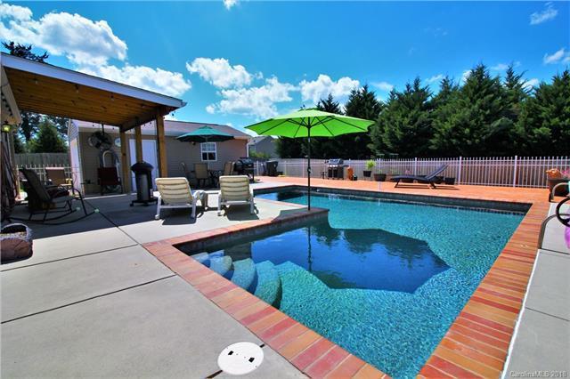 419 Brookhollow Drive, York, SC 29745 (#3423007) :: LePage Johnson Realty Group, LLC
