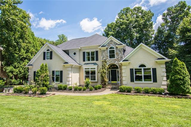 3806 Degrasse Drive, Charlotte, NC 28269 (#3423140) :: LePage Johnson Realty Group, LLC