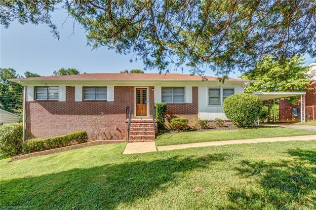 3025 Crescent Lane, Gastonia, NC 28052 (#3423232) :: Exit Mountain Realty