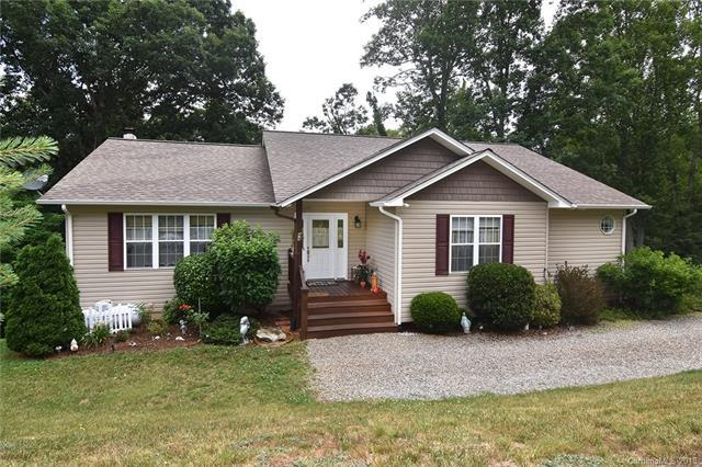 44 Natures Trail, Clyde, NC 28721 (#3423269) :: Puffer Properties