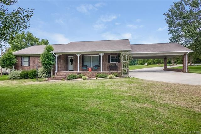 1505 Coddle Creek Highway, Mooresville, NC 28115 (#3423447) :: The Ramsey Group