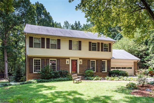 6914 Rocky Falls Road, Charlotte, NC 28211 (#3423533) :: The Ramsey Group