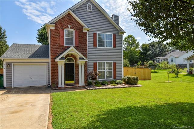 8618 Galena View Drive, Charlotte, NC 28269 (#3423634) :: The Ramsey Group
