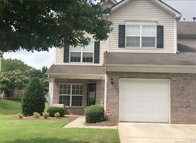 12316 Stratfield Place Circle #52, Pineville, NC 28134 (#3423657) :: The Ramsey Group