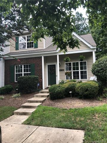 10256 Reindeer Way Lane, Charlotte, NC 28216 (#3423697) :: High Performance Real Estate Advisors
