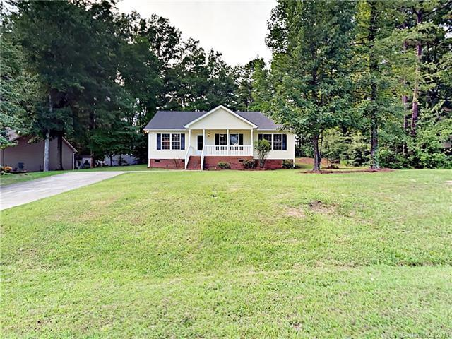 127 Scotch Pine Drive, York, SC 29745 (#3423730) :: Phoenix Realty of the Carolinas, LLC