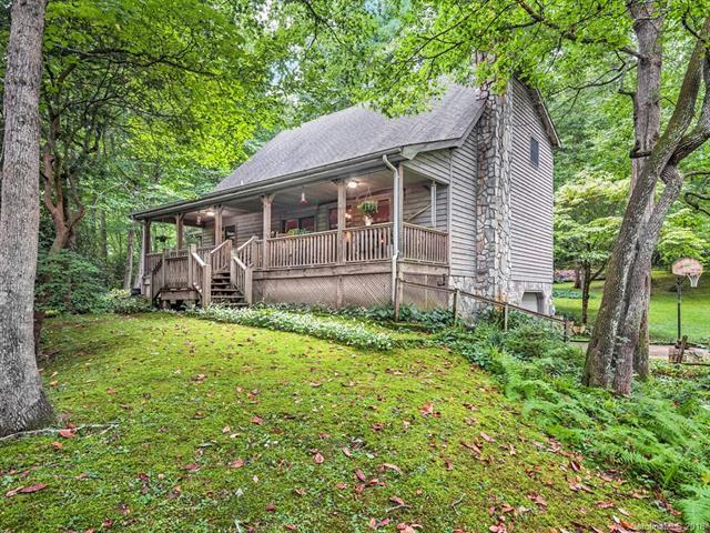 100 Tsali Drive, Waynesville, NC 28785 (#3423852) :: Rinehart Realty