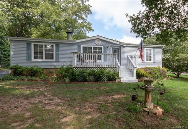 1894 Sandelwood Drive, Rock Hill, SC 29730 (#3423911) :: Phoenix Realty of the Carolinas, LLC