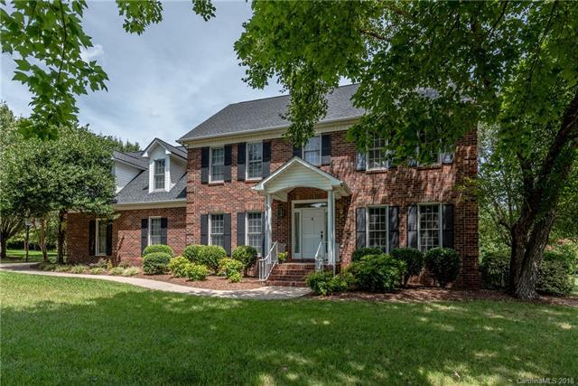 8152 Camelot Drive, Harrisburg, NC 28075 (#3423935) :: Mossy Oak Properties Land and Luxury