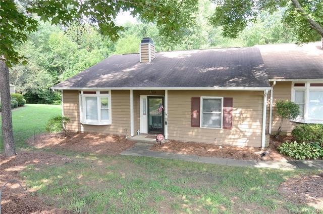 8324 Summerglen Circle, Charlotte, NC 28227 (#3424181) :: LePage Johnson Realty Group, LLC