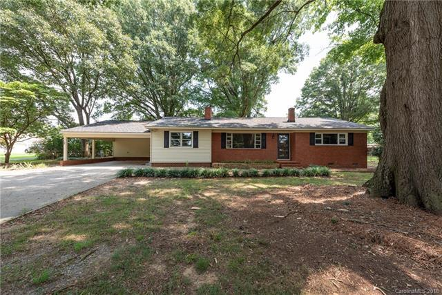 3115 Potters Road, Waxhaw, NC 28173 (#3424203) :: The Elite Group