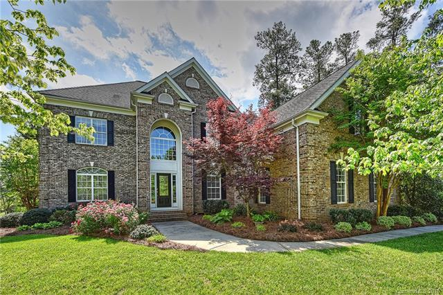 403 Castlestone Lane, Matthews, NC 28104 (#3424218) :: The Elite Group