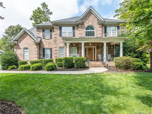 800 Crown Vista Court, Wesley Chapel, NC 28110 (#3424228) :: Roby Realty