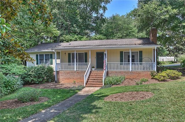 6000 Kingstree Drive, Charlotte, NC 28210 (#3424340) :: High Performance Real Estate Advisors