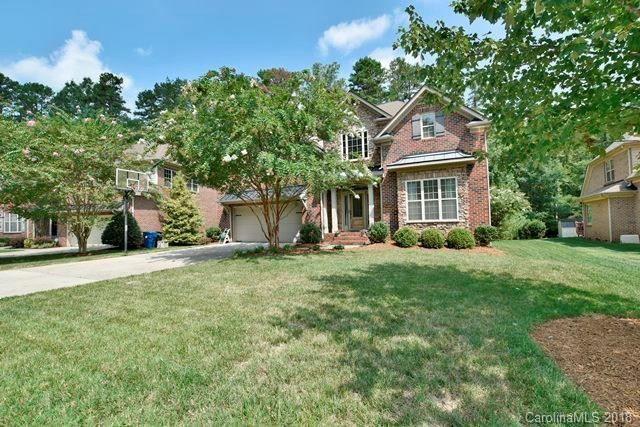 2004 Windrow Wood Court, Matthews, NC 28105 (#3424706) :: The Elite Group