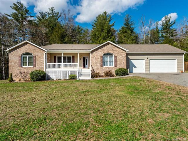 228 Sean Way, Hendersonville, NC 28792 (#3424726) :: The Ramsey Group