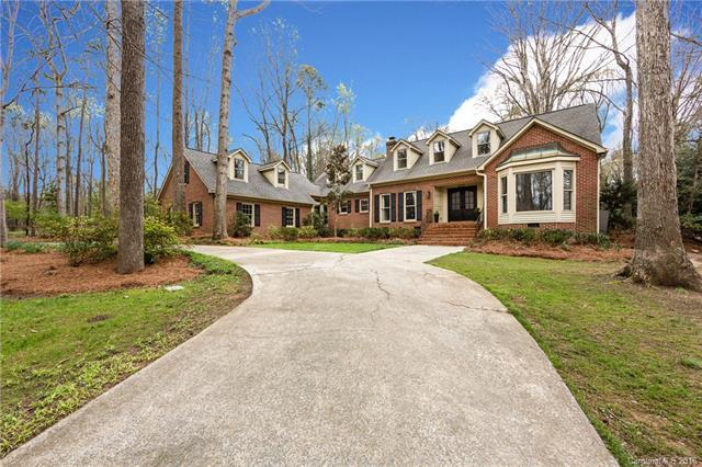2717 Foxfire Road 4/BB, Charlotte, NC 28270 (#3424838) :: The Ramsey Group