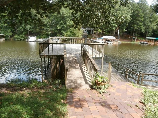 256 Shoreline Drive #11, New London, NC 28127 (#3424875) :: MartinGroup Properties