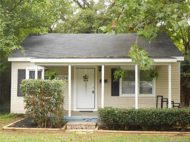 1304 Condon Street, Charlotte, NC 28216 (#3424960) :: Stephen Cooley Real Estate Group