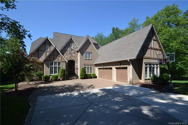 20517 Queensdale Drive, Cornelius, NC 28031 (#3425441) :: The Andy Bovender Team