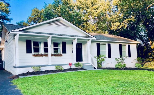 4001 Brookview Drive, Charlotte, NC 28205 (#3425485) :: Exit Realty Vistas