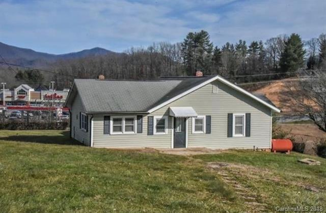 100 Pigeon Ford Road, Canton, NC 28716 (#3425556) :: Rinehart Realty