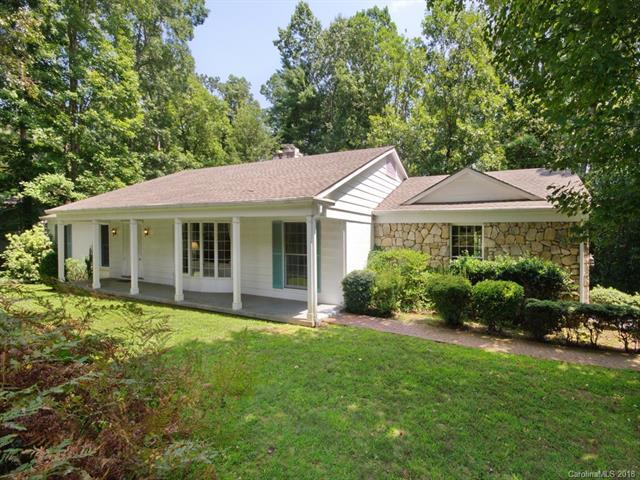 212 Heathcote Road, Hendersonville, NC 28791 (#3425624) :: RE/MAX Four Seasons Realty