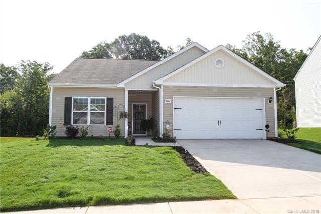 9622 Weikert Road #212, Charlotte, NC 28215 (#3425652) :: Caulder Realty and Land Co.