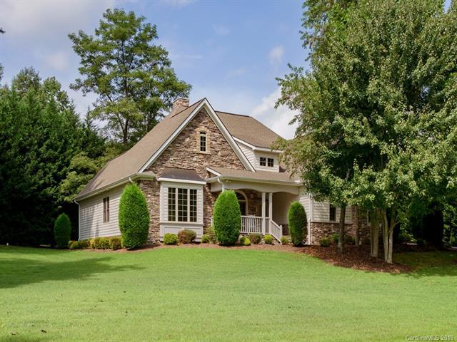 33 Willow Place Circle, Hendersonville, NC 28739 (#3425793) :: Herg Group Charlotte