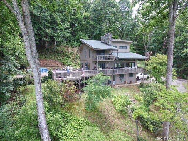 191 Hunters Crossing Ridge, Waynesville, NC 28786 (#3425862) :: Puffer Properties