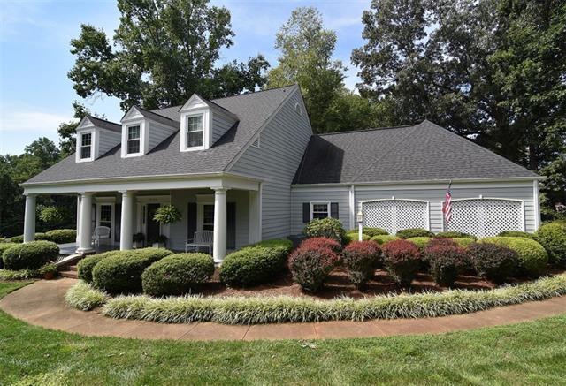 3723 Club House Drive NE 12 & 11, Conover, NC 28613 (#3426020) :: MartinGroup Properties