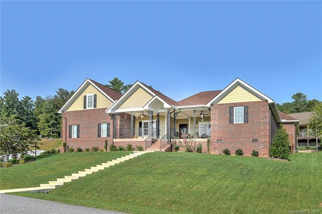 531 Blacksmith Run Drive #133, Hendersonville, NC 28792 (#3426177) :: Roby Realty