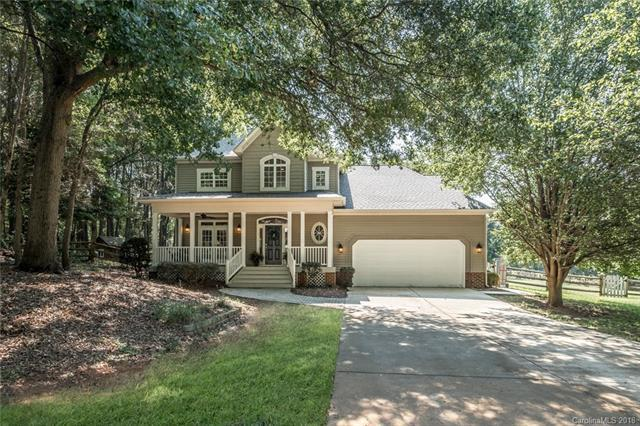 6410 Mcilwaine Road, Huntersville, NC 28078 (#3426237) :: Charlotte Home Experts