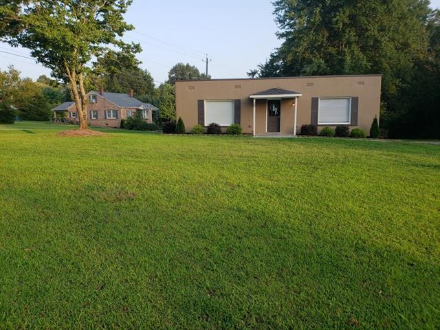 22 W Highland Avenue, Granite Falls, NC 28630 (#3426265) :: Homes Charlotte