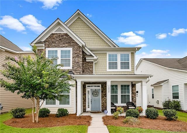13929 Helen Benson Boulevard, Davidson, NC 28036 (#3426317) :: Robert Greene Real Estate, Inc.