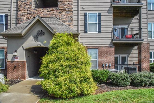 176 Brickton Village Circle #104, Fletcher, NC 28732 (#3426376) :: The Premier Team at RE/MAX Executive Realty