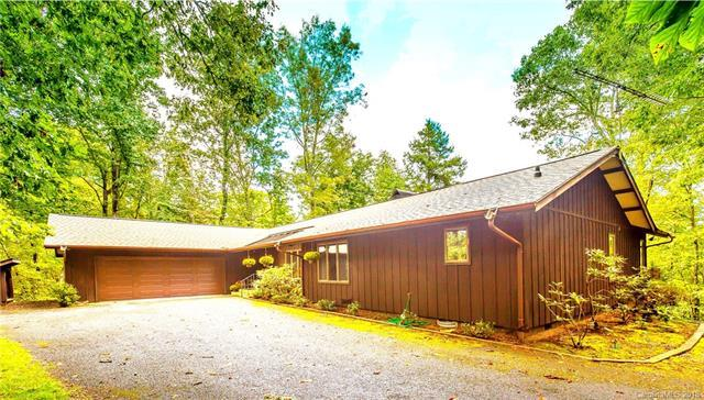 237 Butternut Lane, Brevard, NC 28712 (#3426494) :: The Sarah Moore Team
