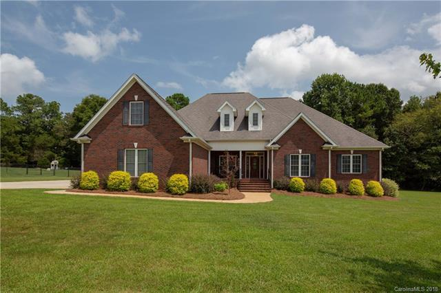 2026 Balmoral Drive, Rock Hill, SC 29732 (#3426550) :: LePage Johnson Realty Group, LLC