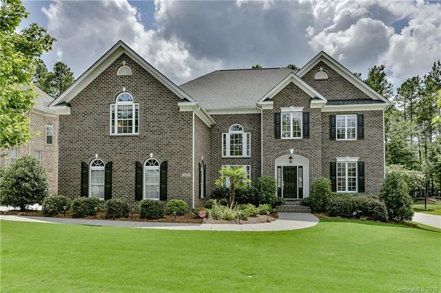 16633 Doves Canyon Lane, Charlotte, NC 28278 (#3426673) :: Phoenix Realty of the Carolinas, LLC
