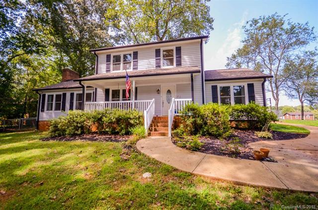138 Castle Creek Road, Statesville, NC 28625 (#3426701) :: Homes Charlotte