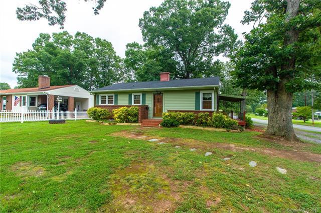 800 Rhodes Avenue, Kings Mountain, NC 28086 (#3426772) :: LePage Johnson Realty Group, LLC
