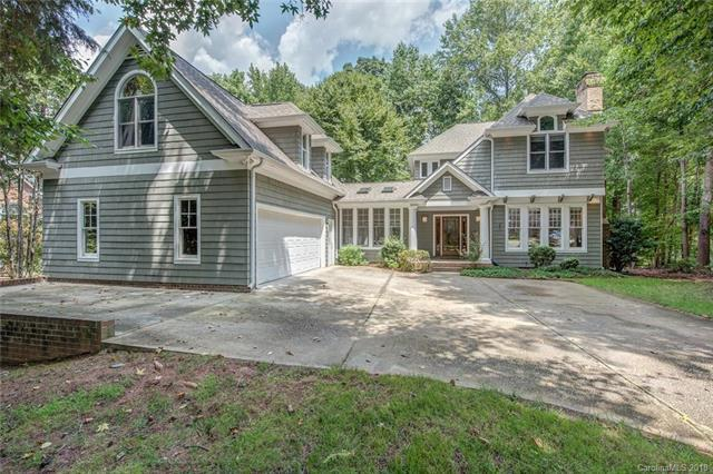 912 Hoke Trail, Cramerton, NC 28032 (#3426876) :: Charlotte Home Experts