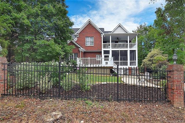10322 Club Field Court, Mint Hill, NC 28227 (#3426927) :: High Performance Real Estate Advisors